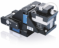 Compact XYZ Hybrid Motorized/Piezoelectric Photonics Alignment Systems